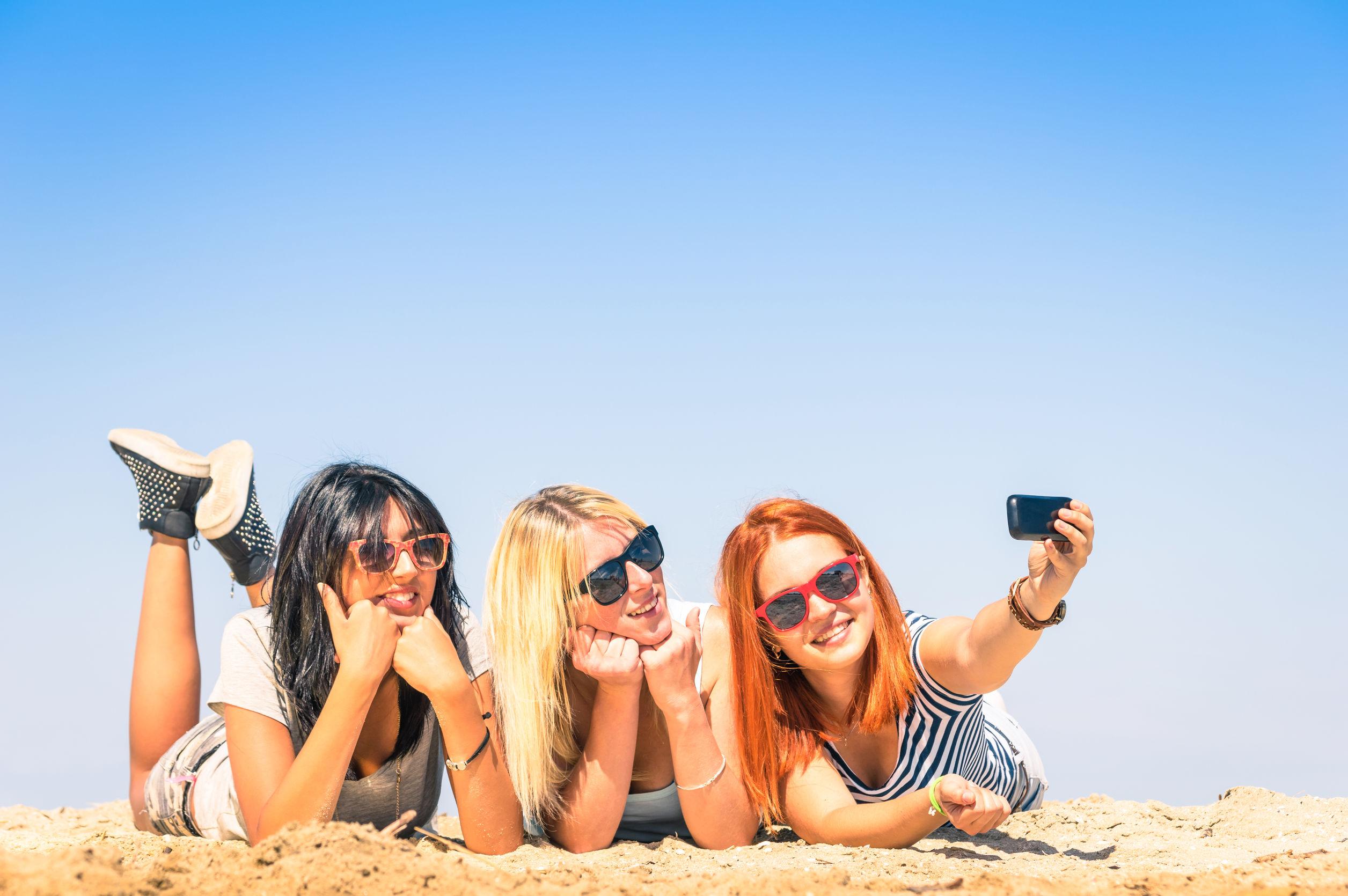 plaża, okulary przeciwsłoneczne