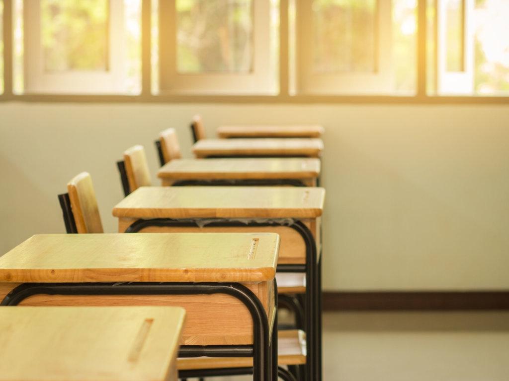 Zamknięte szkoły – co robić?