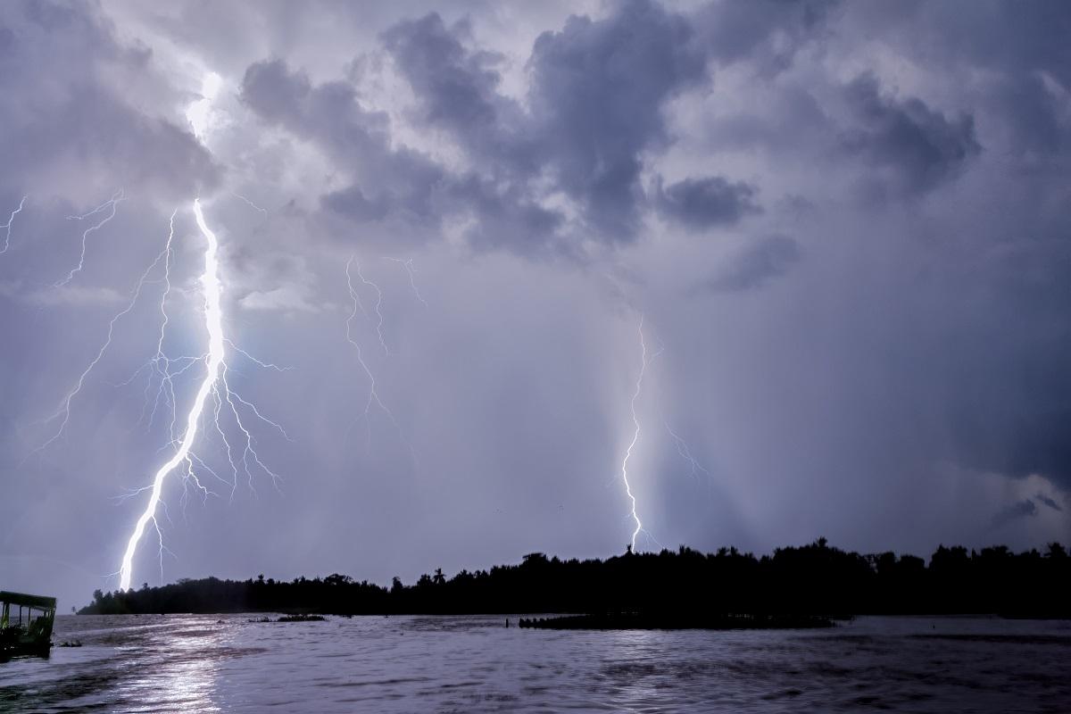 Catatumbo_Lightning_-_Rayo_del_Catatumbo_(23691566642s)