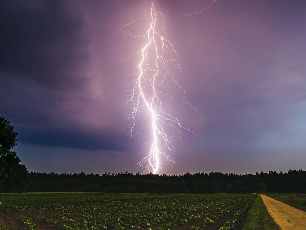 Co może wydarzyć się podczas burzy?